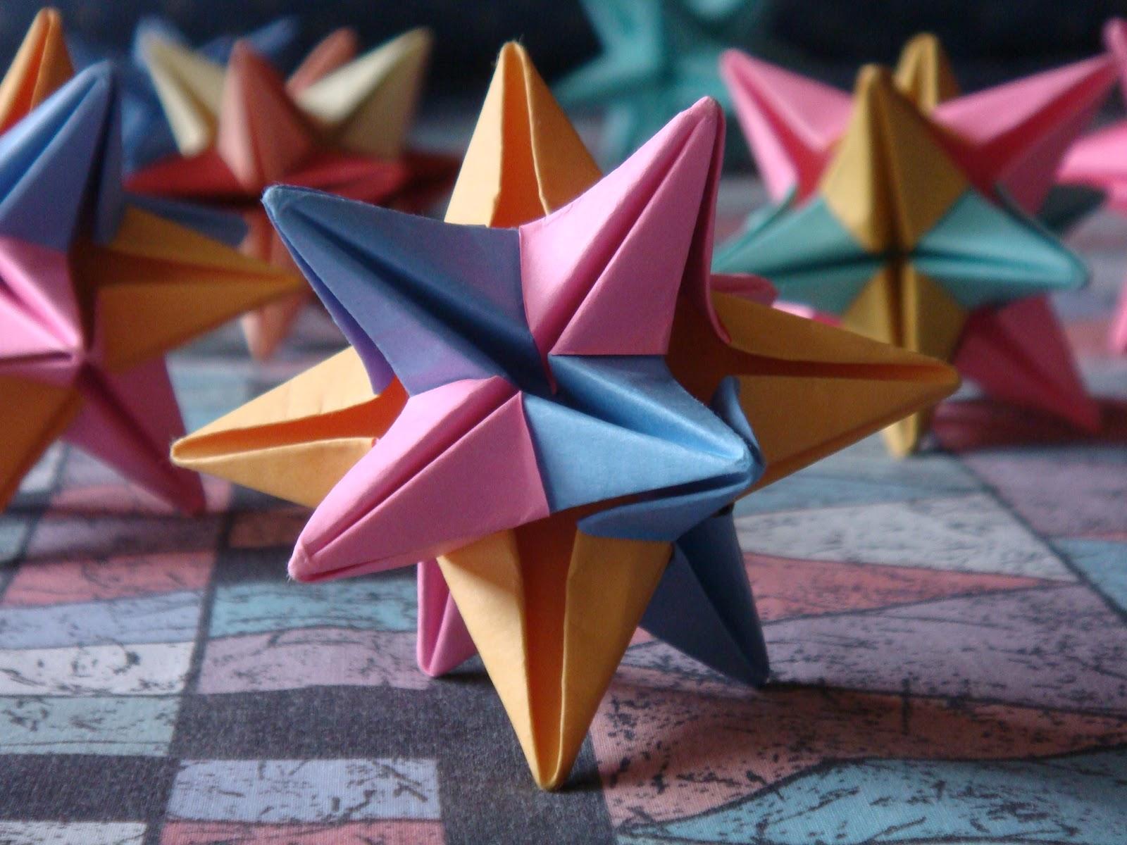 Origami Omega Star By John Montroll