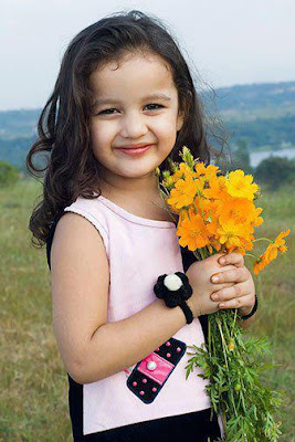 cute lovely baby smiling pictures