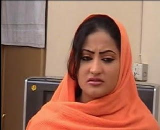 Salma Shah Six Video http://special-features-dani.blogspot.com/2011/08/salma-shah-pashto-actress-nice-photos.html