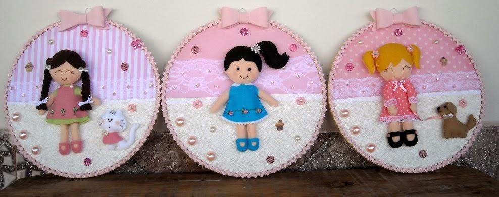 quadro bastidor+decoração infantil+decoração quarto de menina+feltro+bonecas