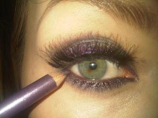 purple eyeliner to inside lid of eyes