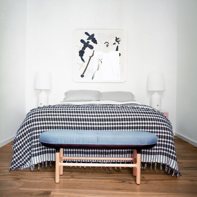 Un piso en valencia lleno de luz decoraci n for Master interiorismo valencia