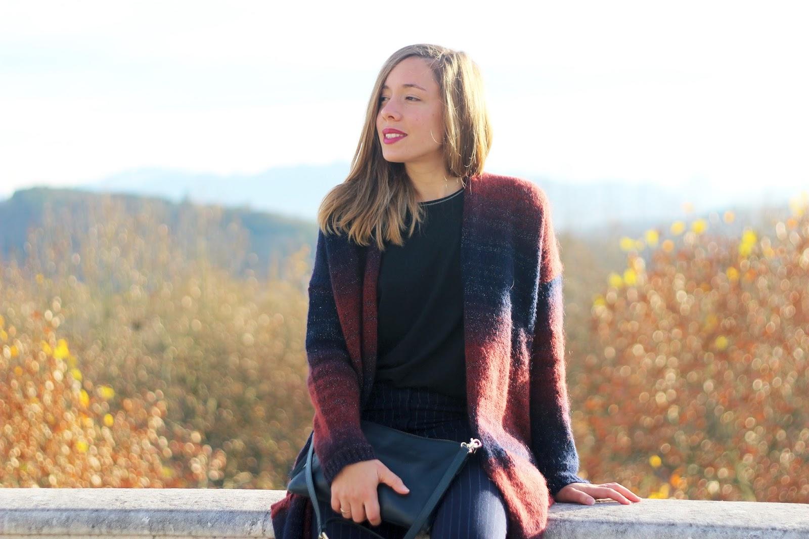 Gilet bordeaux automne