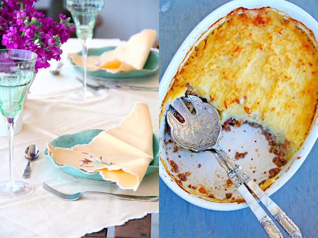 Σαββατιάτικο γεύμα με πίτα του βοσκού και τάρτα με ρικόττα, μέλι και φιστίκια