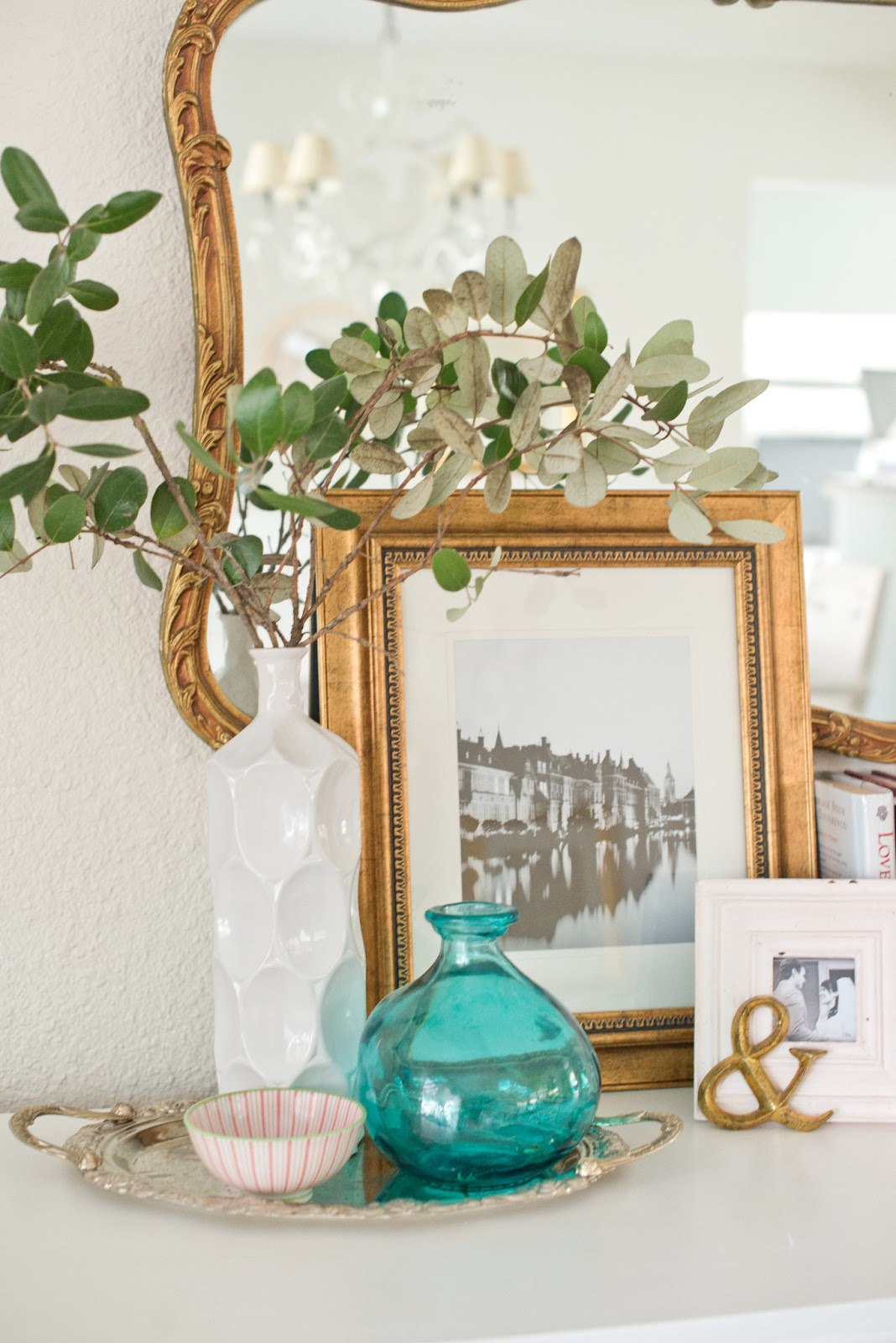 Domestic fashionista around the house january vignettes for Home decorations for january