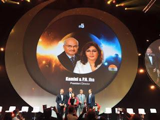 Global Top 15 Oriflame #5 India Kamini and P.N Jha  (President Director)