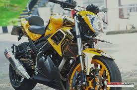 Modifikasi Vixion ala street fighter