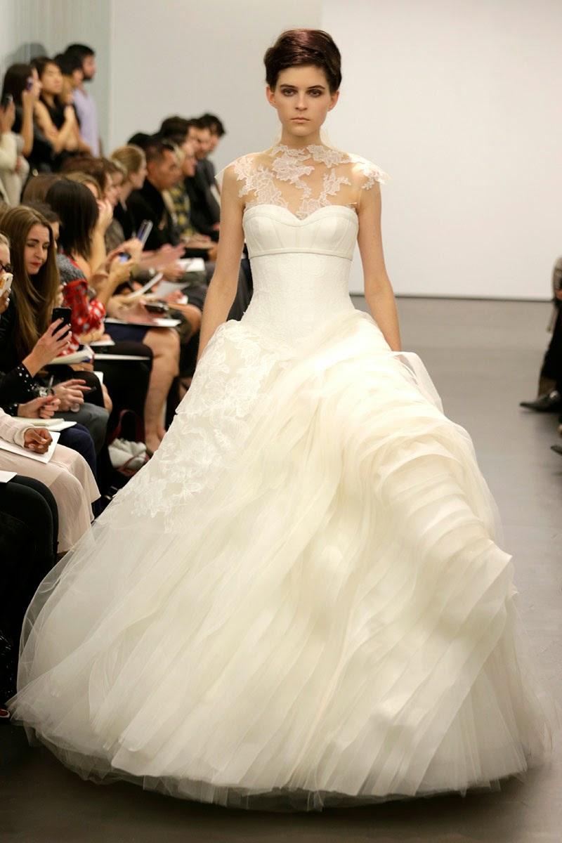 Robes de mari e haute couture hiver 2013 tout pour mon for Vera wang robes de mariage d hiver