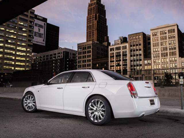 Chrysler 300 Motown Edition 2013
