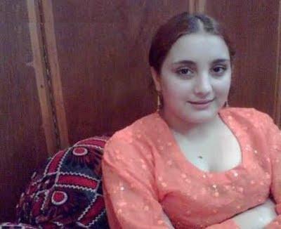 Lahori girl naked pic — img 15