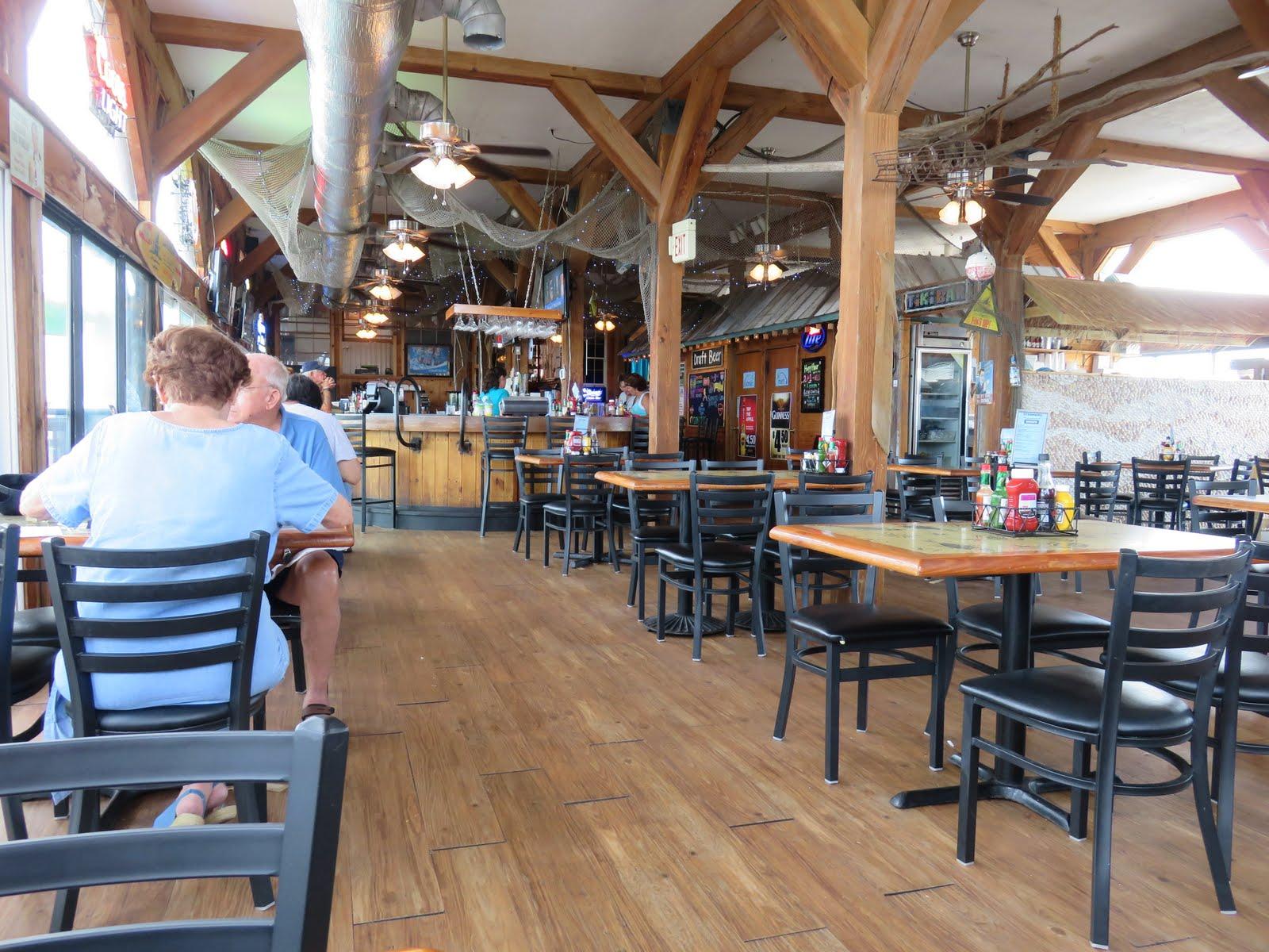 Big daddy dave steamers clam bar and grill cedar key florida - Restaurant bar and grill ...