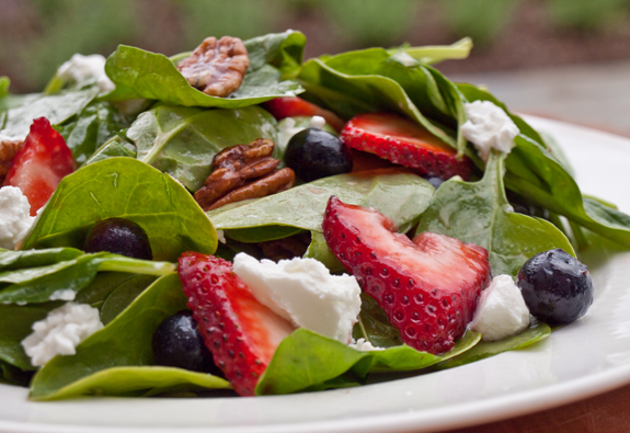 ... : Blueberry, Spinach, Strawberry Salad with Goat Cheese & Pecans