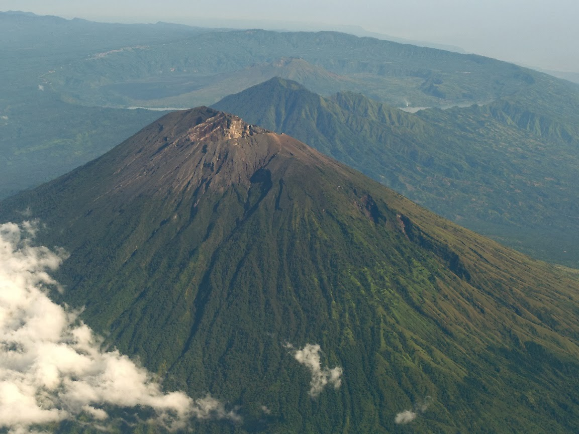 gunung-berapi-di-indonesia