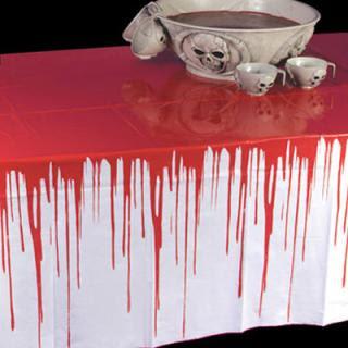 Halloween tutto l 39 anno arredare in stile gothic dark architettura e design a roma - Bagno di sangue ...