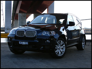 car review and wallpaper  BMW X5 xDrive 35d Cars Review and