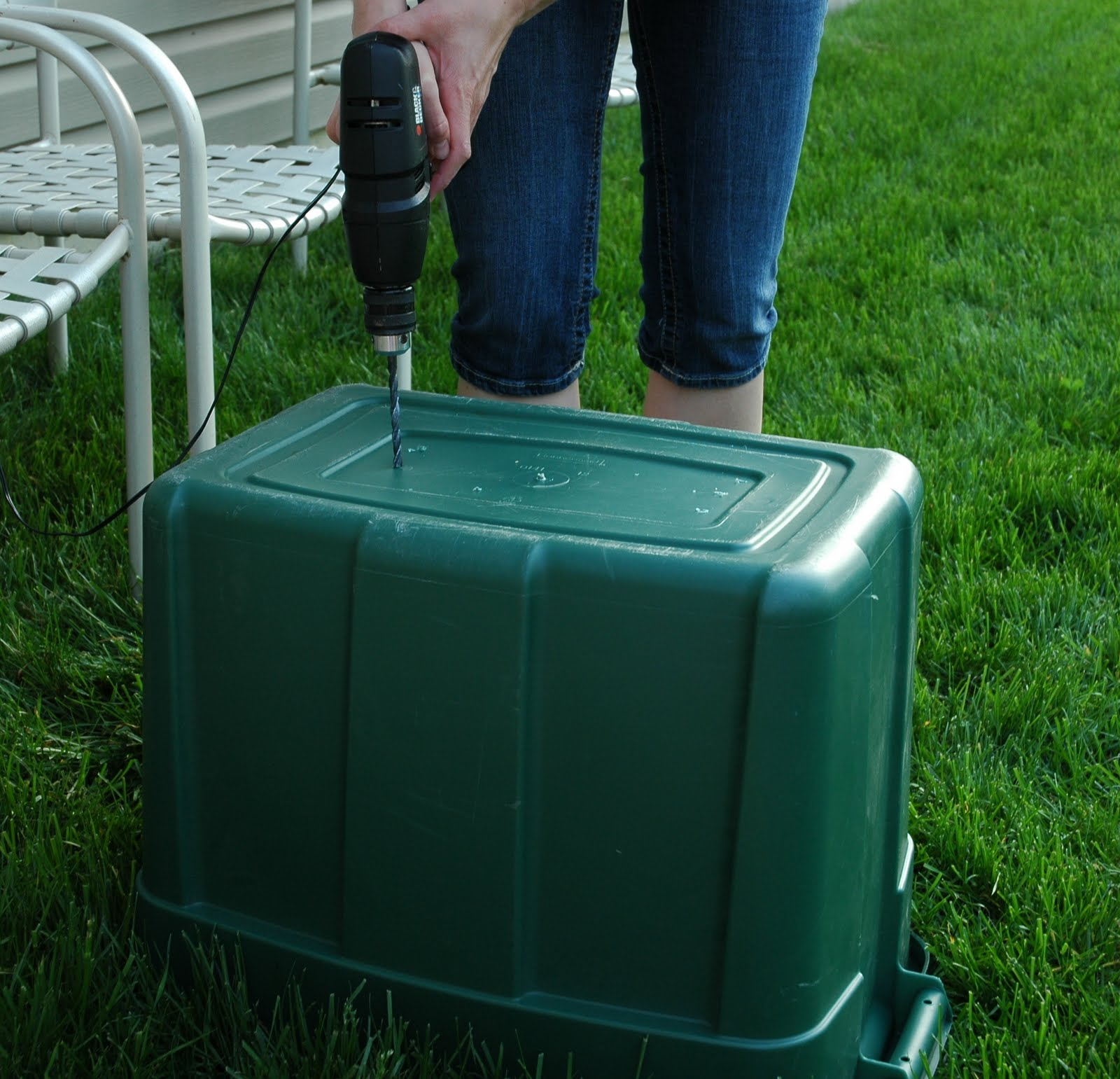 My Life And Good Times: DIY Compost Bin
