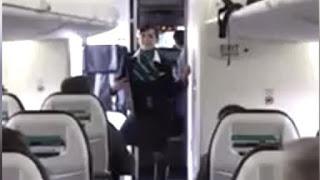 بالفيديو رقصة مضيفة في الطائرة تجتذب 3 مليون مشاهدة في 3 أيام