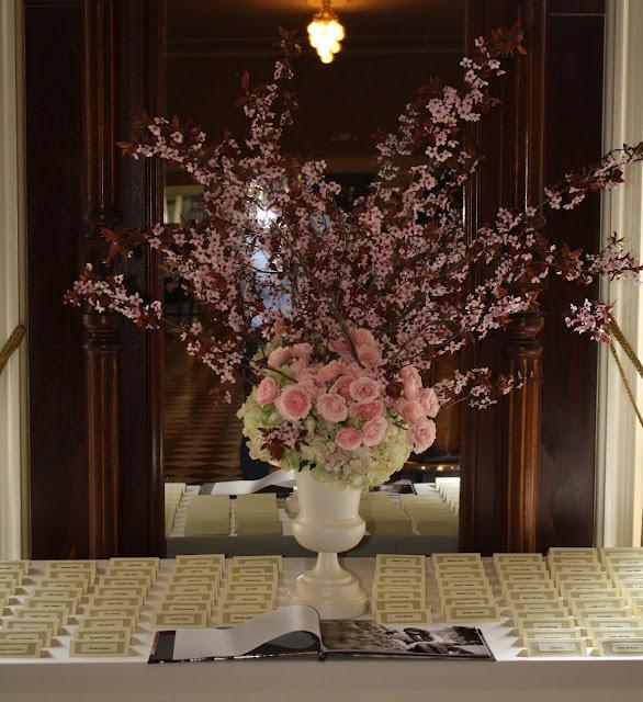 Seating table Card Arrangement - Splendid Stems Floral Designs