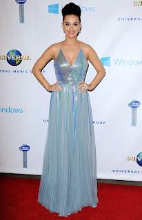 Кейти Пери в метална рокля през врата на афтър партито Грами 2014