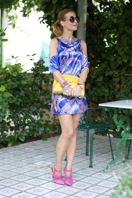 satin mini dress, Cesare Paciotti fuchsia shoes, paisley dress, Fashion and Cookies, fashion blogger