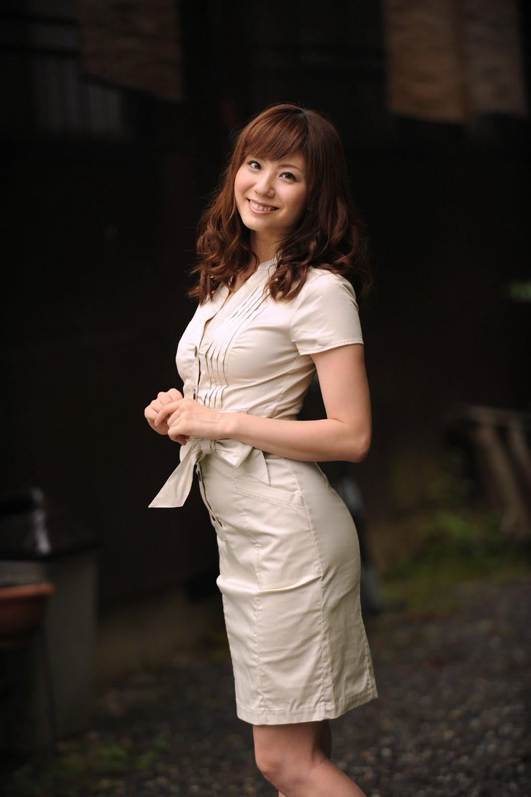 What you get ?: Busty Yuma Asami