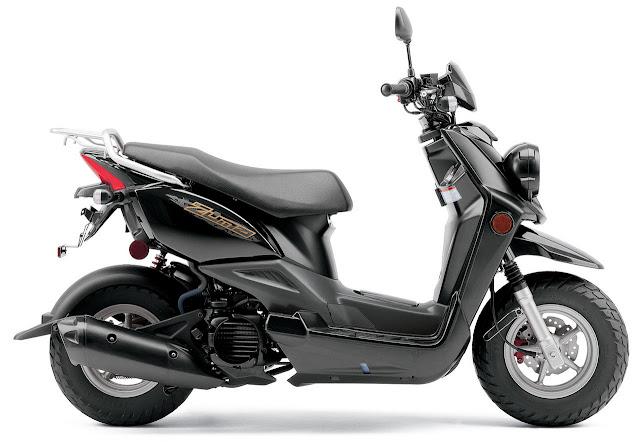 2012-Yamaha-Zuma-50F-Raven