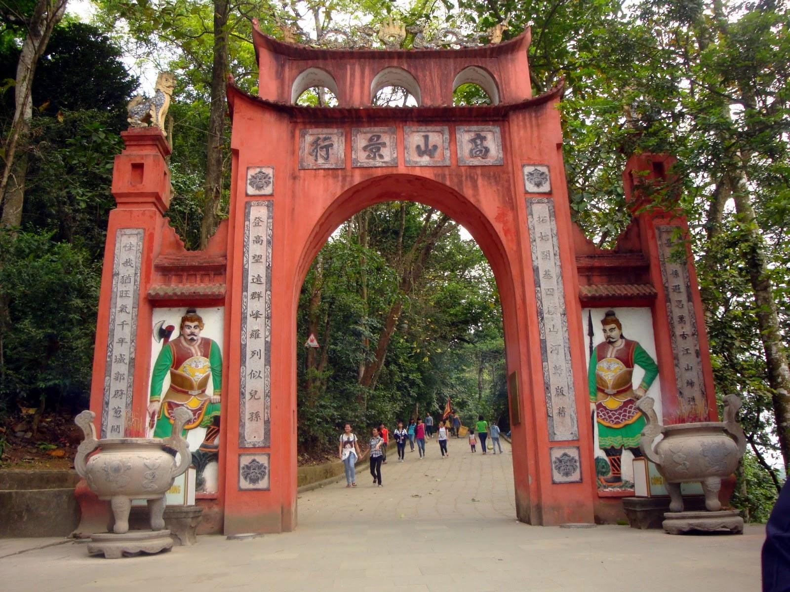 Cho thuê xe đi đền Hùng Phú Thọ tại Hà Nội