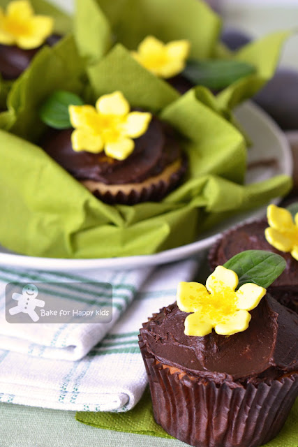 yellow flower cupcakes chocolate frosting