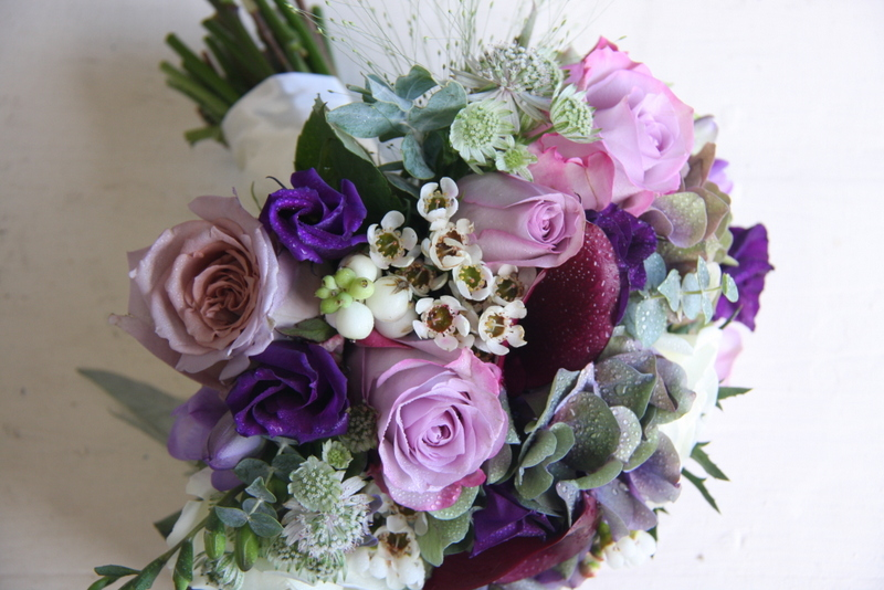the flower magician seasonal wedding bouquet in purple. Black Bedroom Furniture Sets. Home Design Ideas