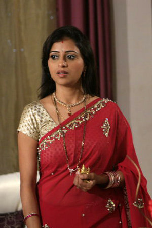 Sahara One Channel Rina Kapoor as Rani