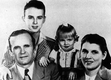 Billy Paul Branham y Familia en Cumpleaños