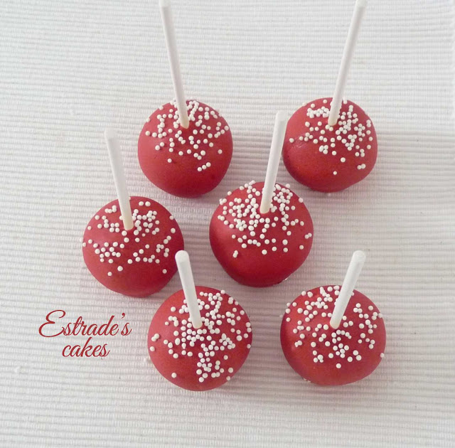cake pop en rojo y blanco 3