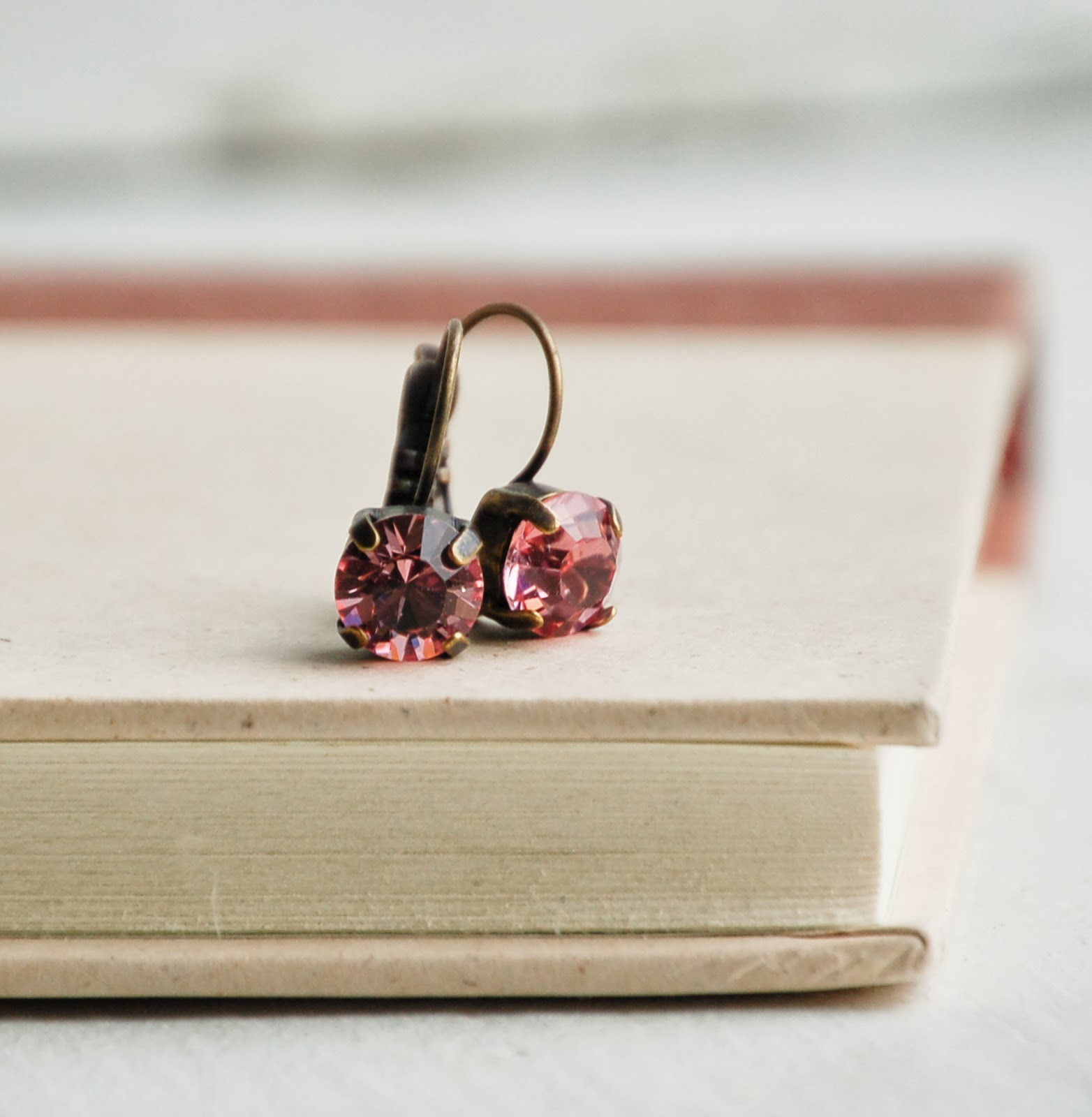 https://www.etsy.com/listing/166579749/pink-crystal-rhinestones-earrings-rose?ref=shop_home_active_3&ga_search_query=lever%2Bback%2Brhinestone