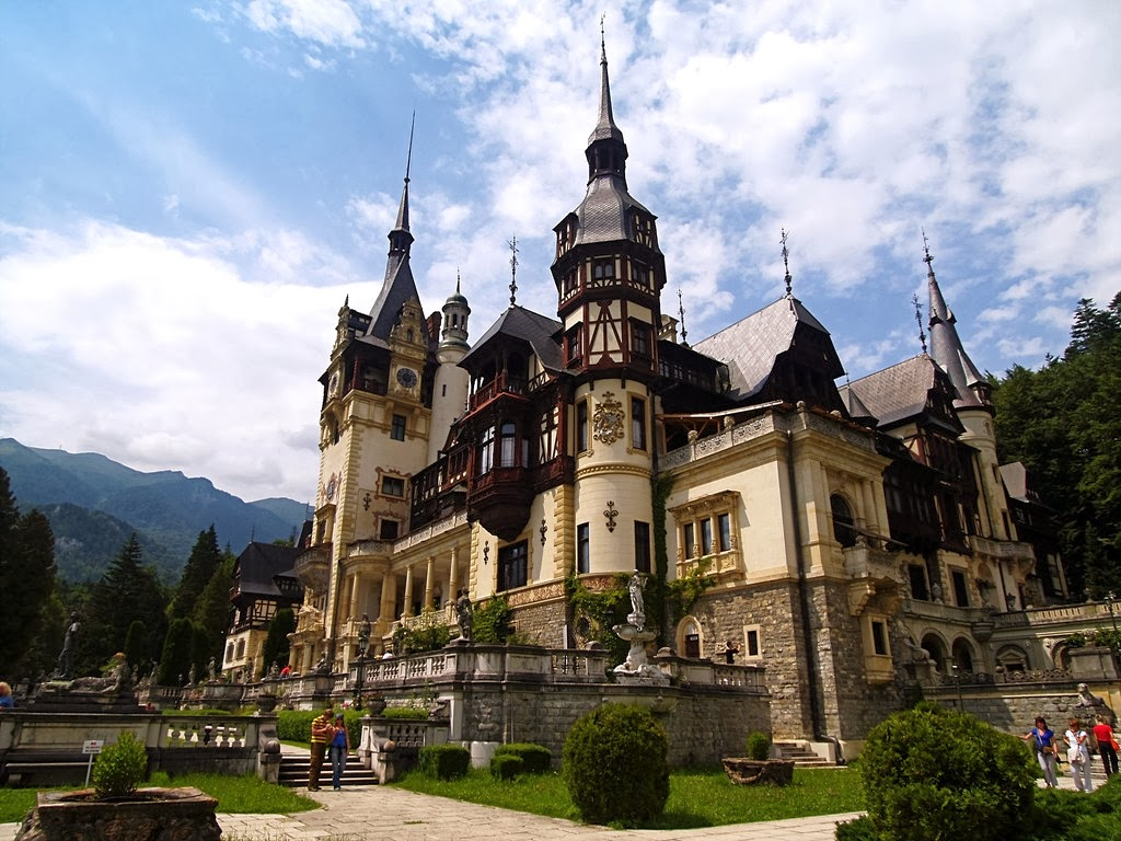 Beautiful eastern europe peles palace romania - Most beautiful manors romania ...