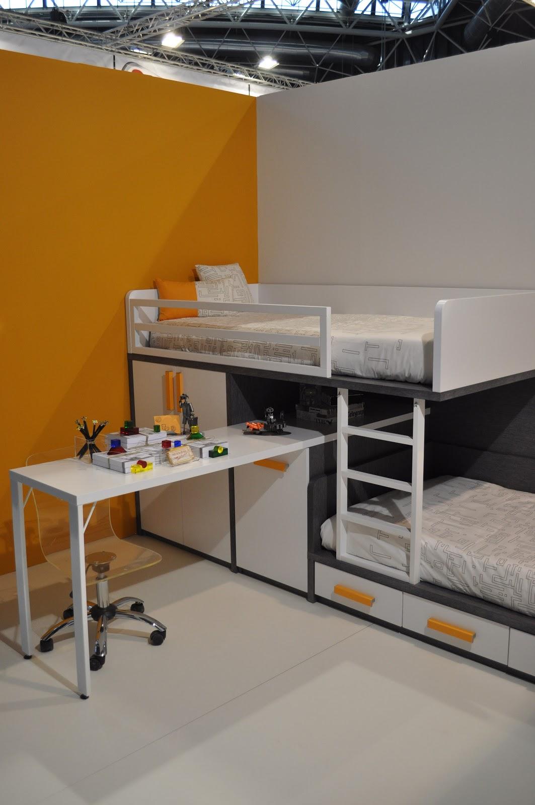 Muebles ros feria habitat programa de camas tren de for Feria de muebles