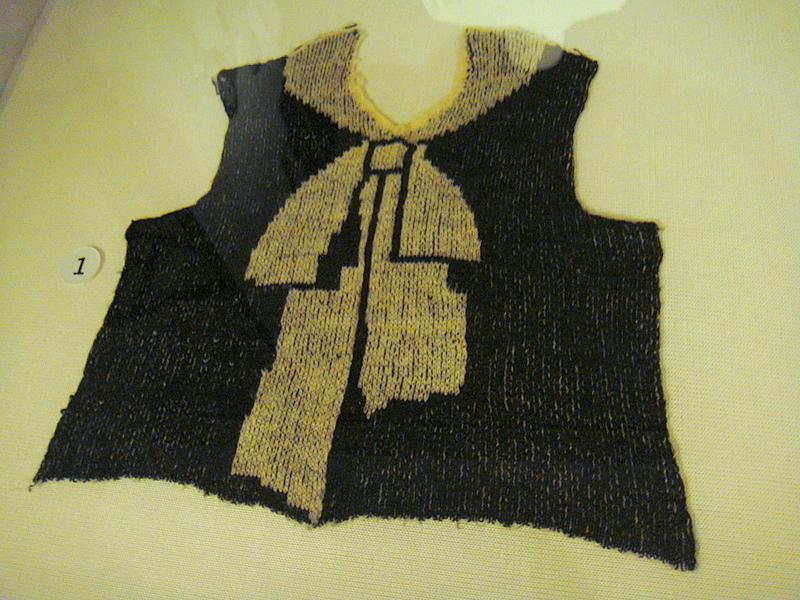 Knitting With Two Colors Meg Swansen : Yarnlot antwerpen momu ontrafel zwart en wit unravel