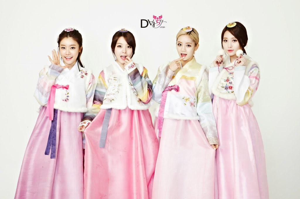 Girl's Day Hanbok