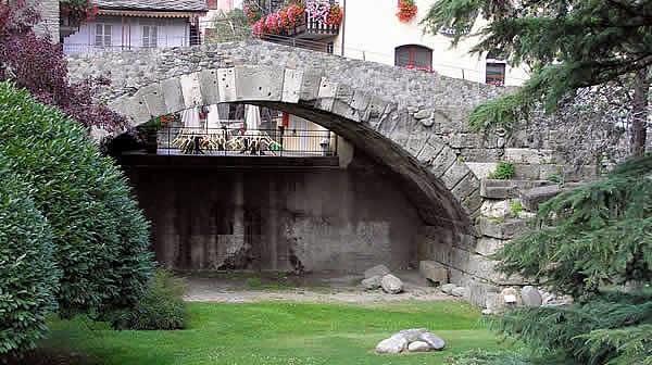 ponte romano Aosta