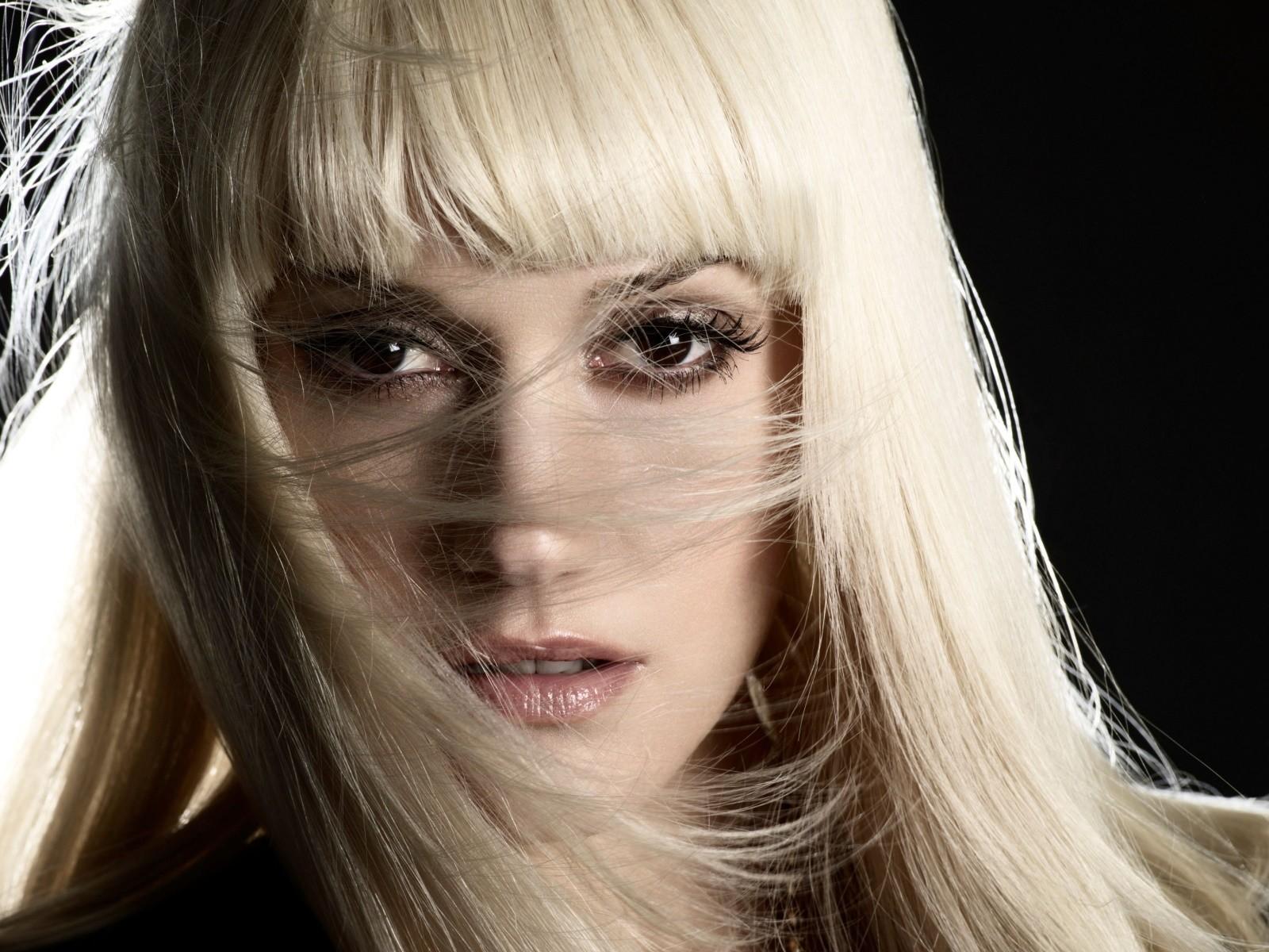 Gwen Stefani Says She Wrote Make Me Like You About Blake Shelton