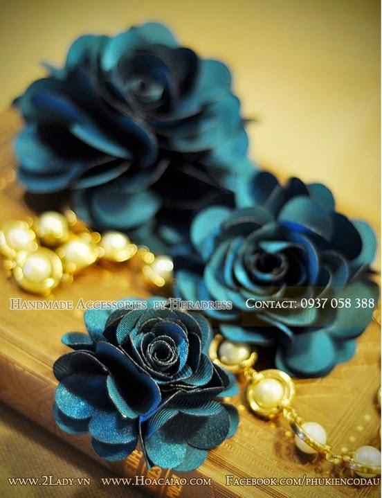 Bán hoa cài áo