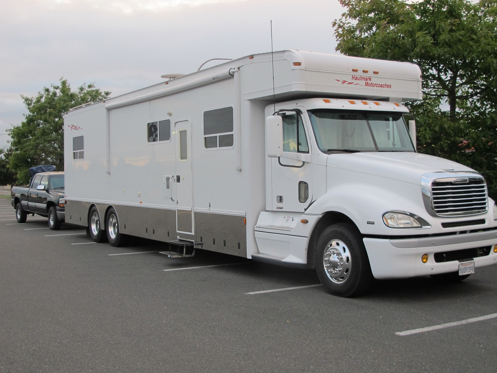 The most expensive rv in the world male models picture for Most expensive motor homes