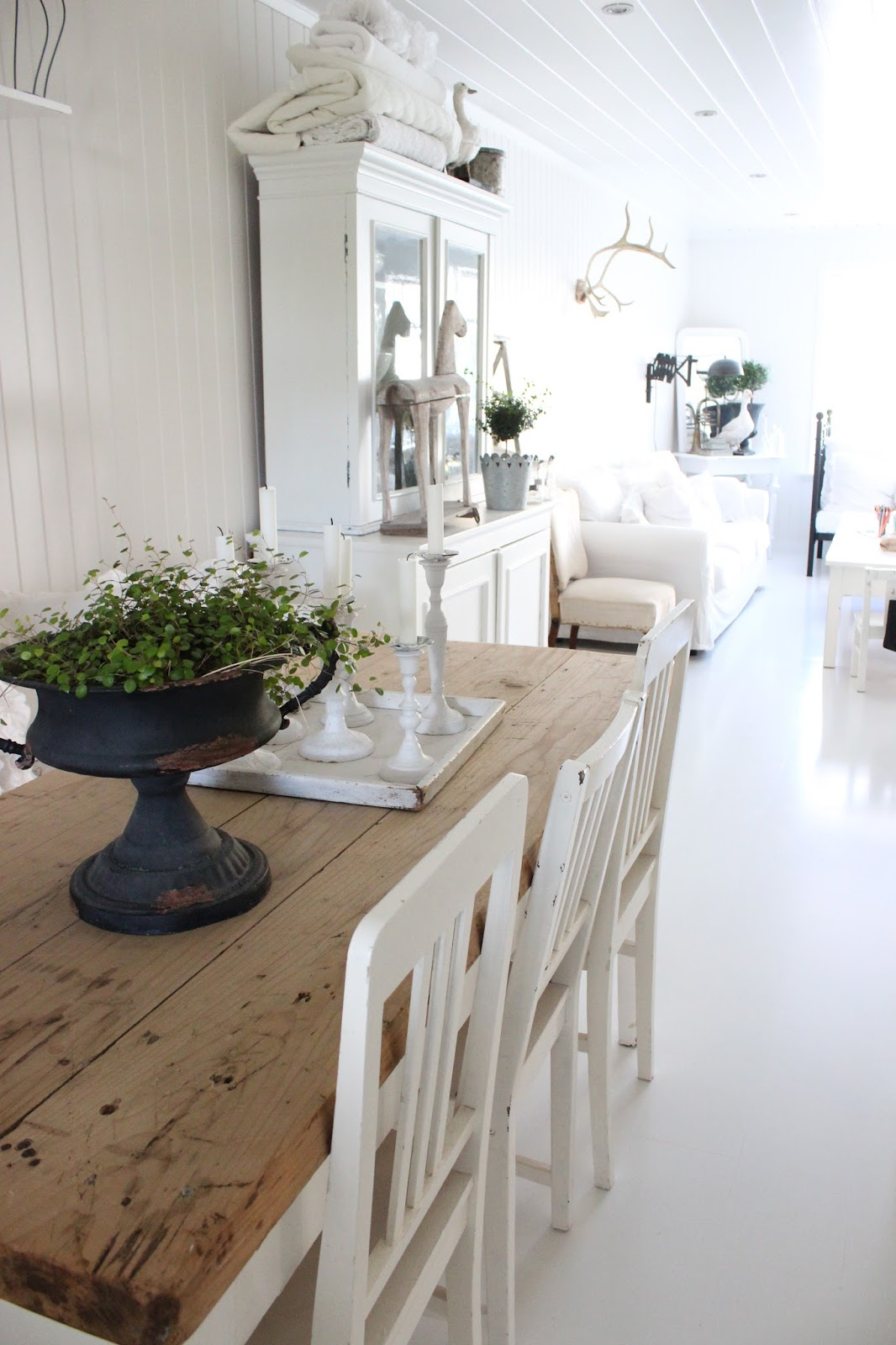 1000 Images About New England Dining Rooms On Pinterest White Dressers Ne