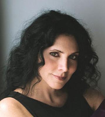 María Amparo Escandón