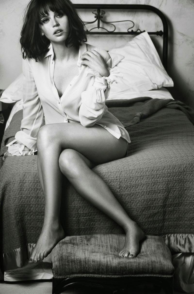 الممثلة الانكليزية فيليسيتي جونز في جلسة تصوير ساحرة لمجلة GQ