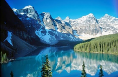 Beautiful Canada Mountain Photos