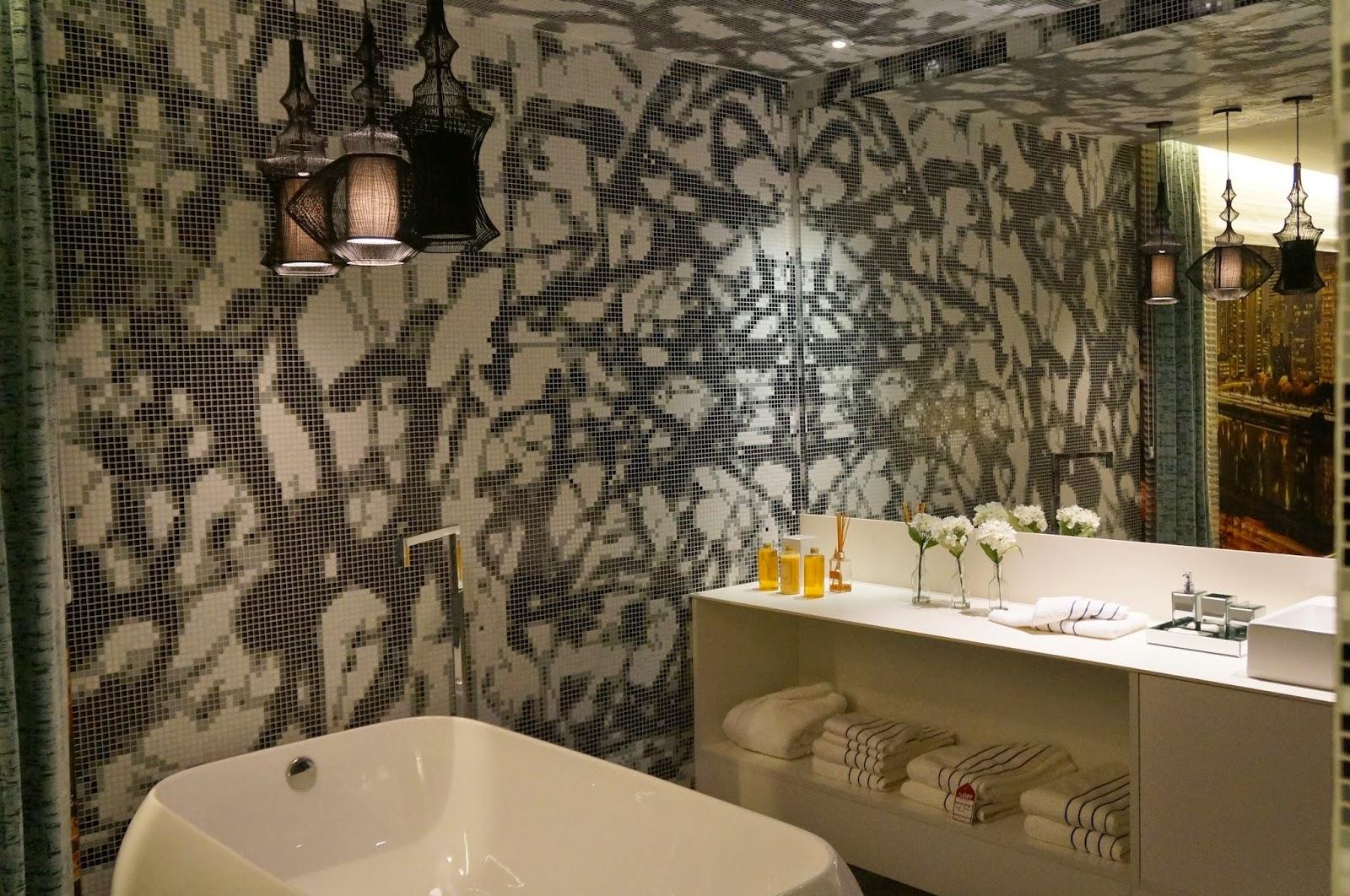 ambiente Loft - Adriana Noya - trio de pendentes - Casa Cor SP 2014