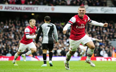 Lukas-Podolski-Arsenal-Against-Tottenham-Hotspur