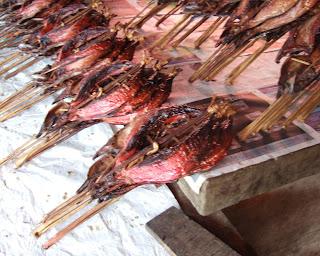 Makanan Khas Indonesia Daerah Maluku - ikan komu asar