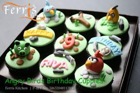 Costum Cupcakes