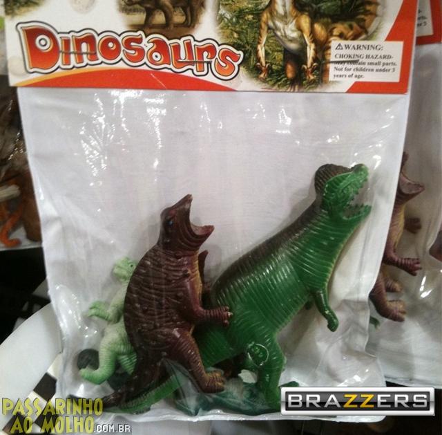 dinosaur, brinquedos fail, brazzers